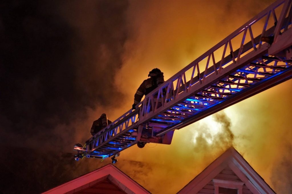 Quint 1 first due truck company to 2-Alarm Pitcairn Dwelling Fire